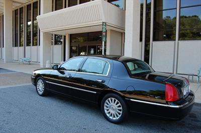 Horseless Carriage Limousine Service