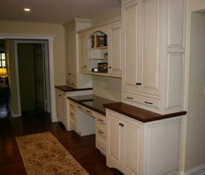 Kitchen cabinets corian counters formica etc for Kitchen cabinets hialeah